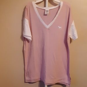 PINK VS PINK AND WHITE TEE M